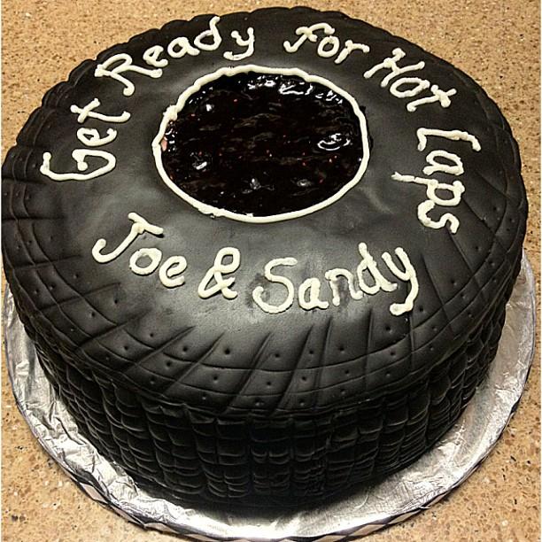 rachel 39 s cakes groom 39 s tire. Black Bedroom Furniture Sets. Home Design Ideas