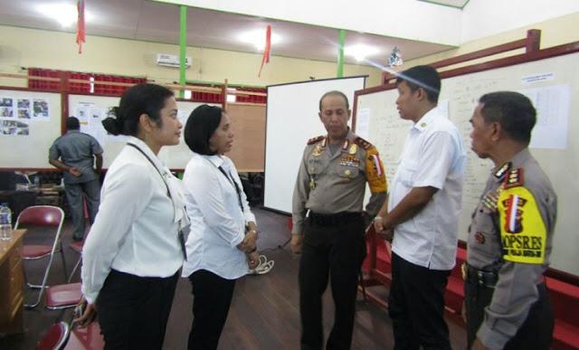 Tim Kantor Staf Presiden Verifikasi Lapangan Penanggulangan KLB Campak dan Gizi Buruk di Asmat
