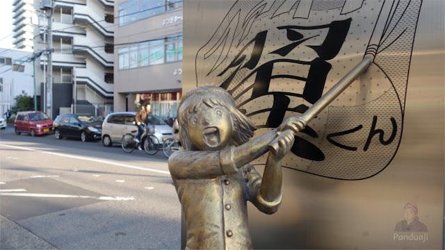 Patung Sanae Nakazawa