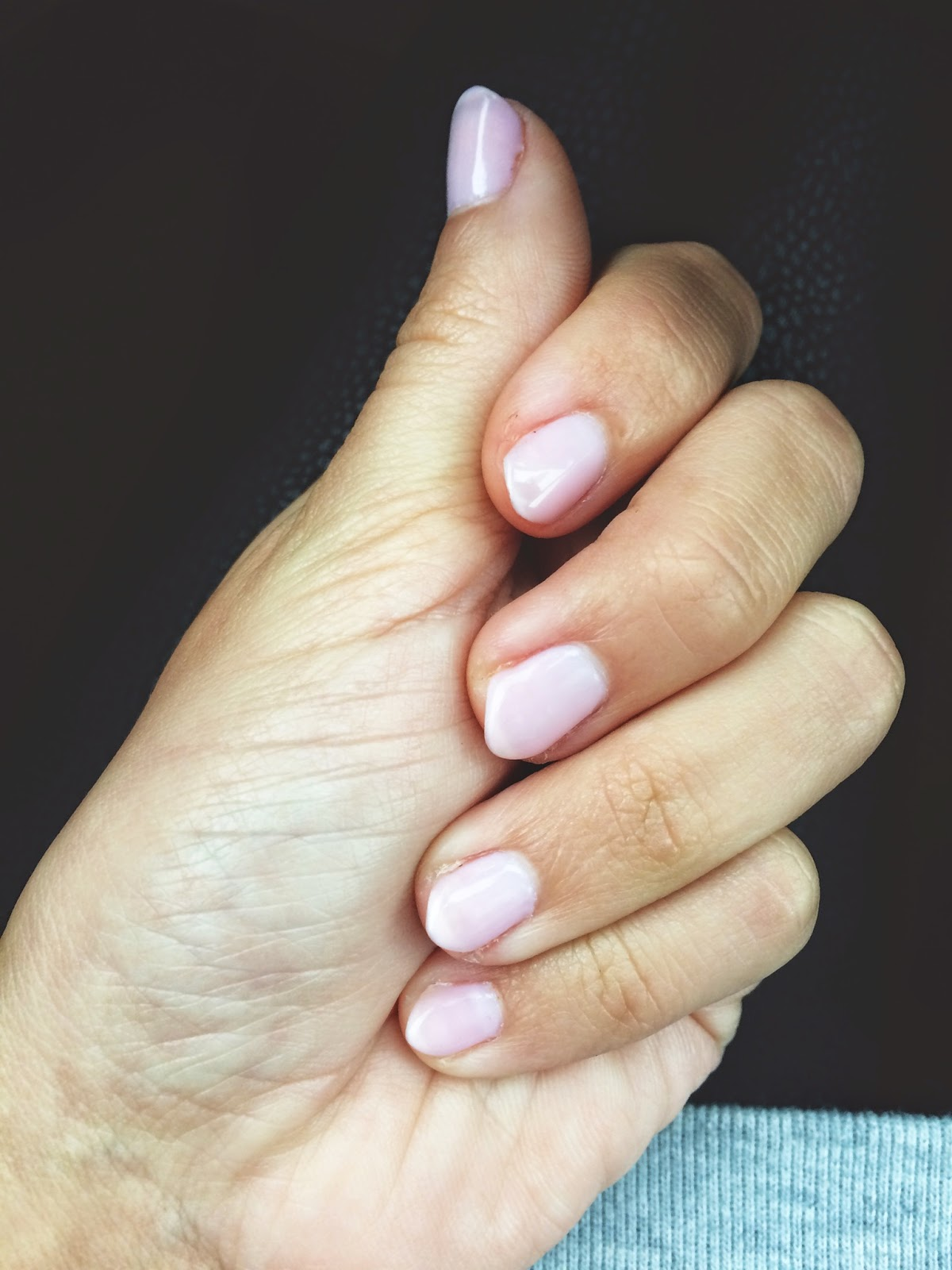 Short Almond Nails | The Beetique