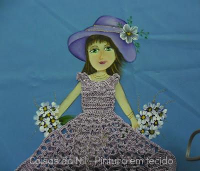 pintura em tecido boneca com vestido de croche