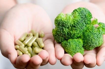 real-food-versus-vitamin-supplements.jpg