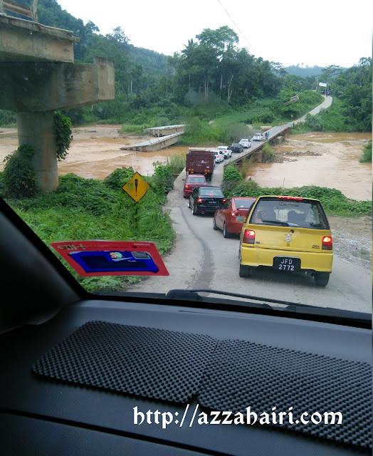 jambatan pulau setelu runtuh banjir 2014