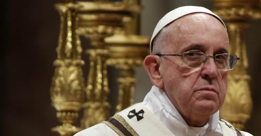 "Pope- ""Do not read blogs that call me a heretic"""