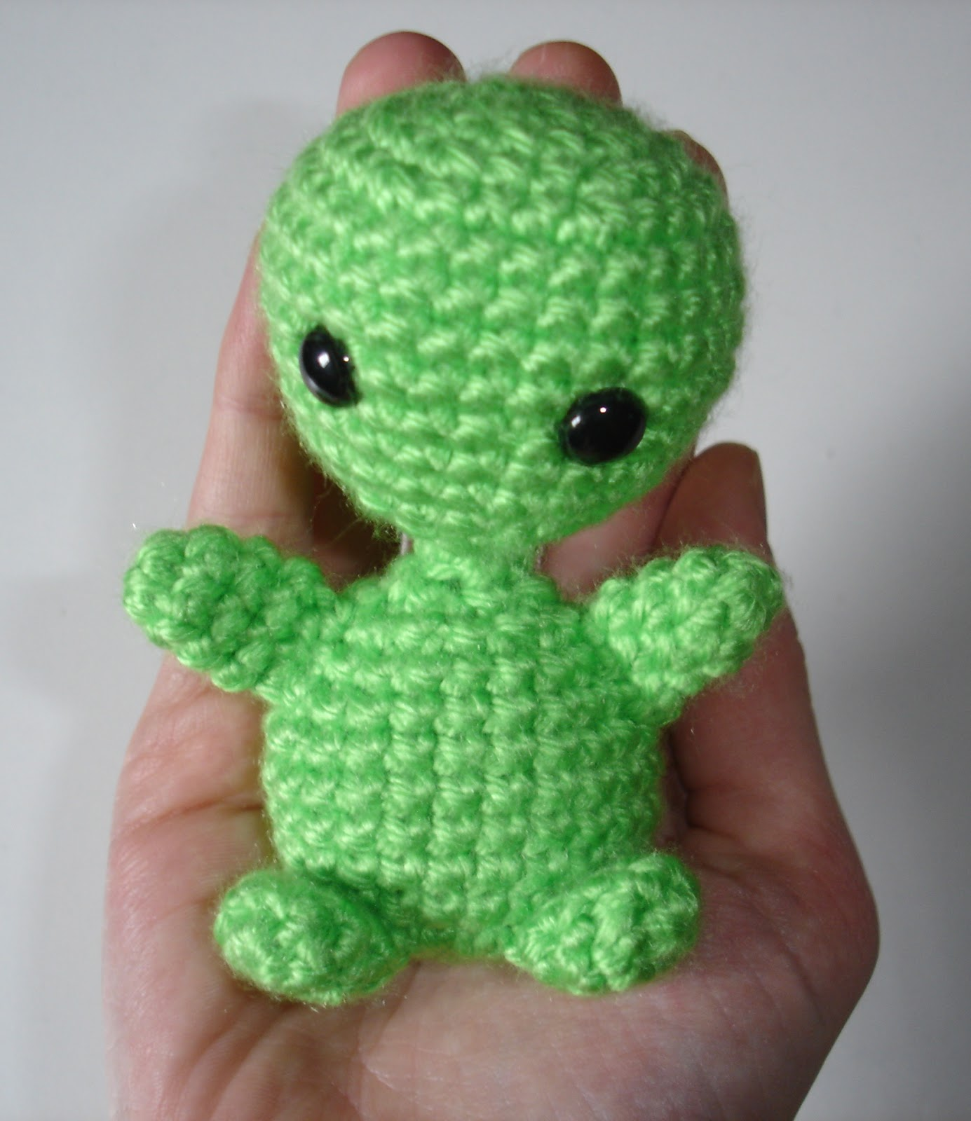 Free Patterns by H: Alien Amigurumi