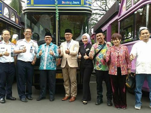 peluncuran bus bandros bandung 2018