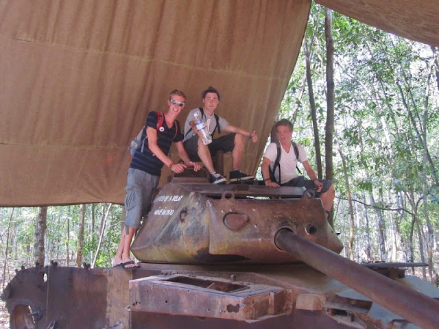 A day to Cu Chi tunnel 6