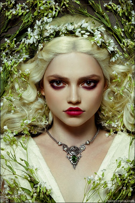 Beauty Chronicles Makeup Geek Eyeshadows Review: Motherland Chronicles #22 - Julia II