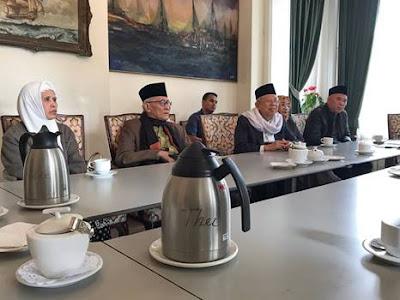 DenHaag3 - Rais Aam PBNU kampanyekan Islam Nusantara di Eropa