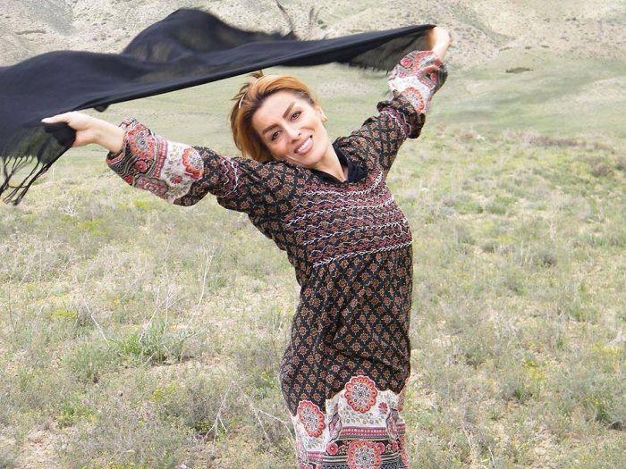 omorfos-kosmos.gr - Γυναίκες από το Ιράν βγάζουν τη μαντίλα για να διαμαρτυρηθούν (Εικόνες)