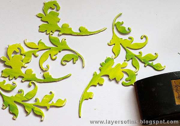 Layers of ink - Embossed Background Tutorial by Anna-Karin with Sizzix Tim Holtz embossing folders and dies