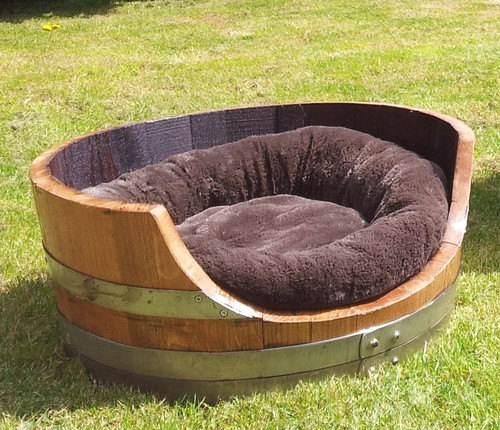 The Dog's Biscuit: Dog Bed made from half barrel