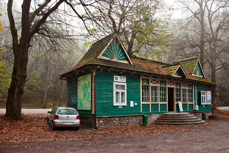 Ojców, Ojcowski Park Narodowy, małopolskie, Dolina Prądnika, na postoju
