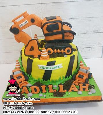 Fondant Birthday Cake Tema Alat Berat