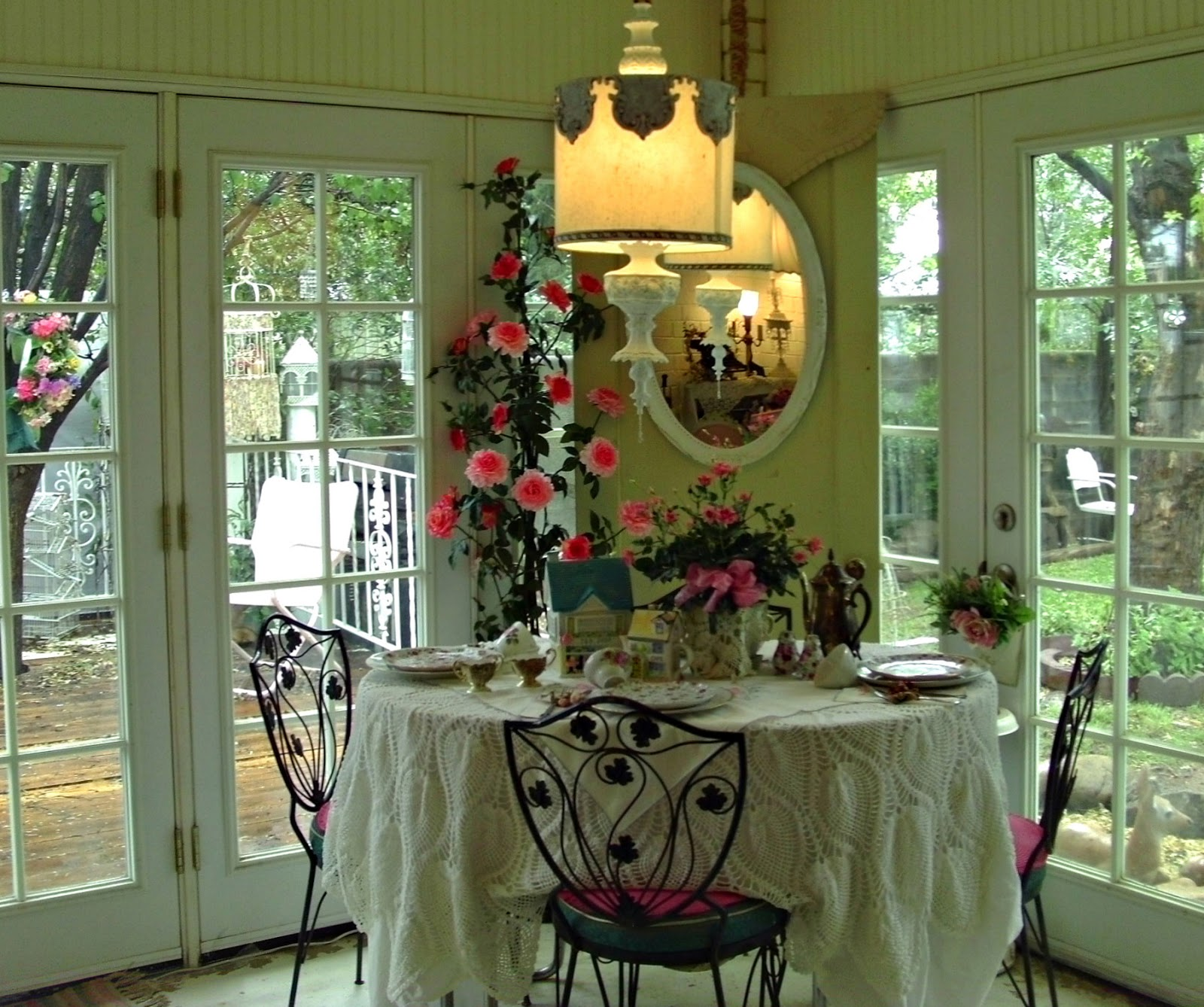 Frugal Home Decorating: Penny's Vintage Home: Thrifty Decorating