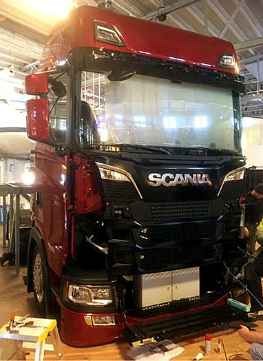[Obrazek: scania_science_enter_setup.jpg]