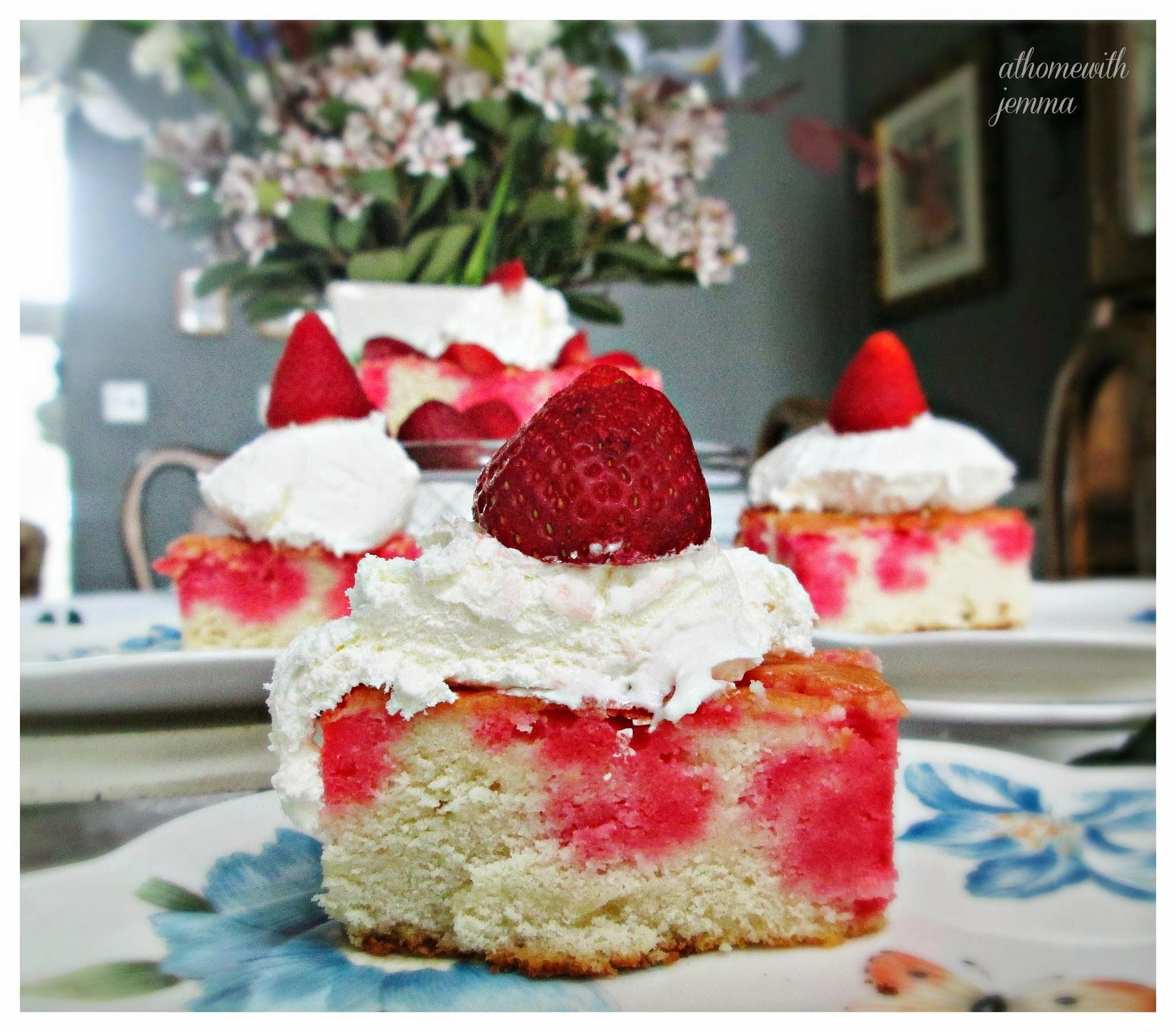 dessert-spring-cake-strawberry-easy-Holiday