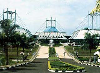 Museum Transportasi Taman Mini Indonesia Indah.