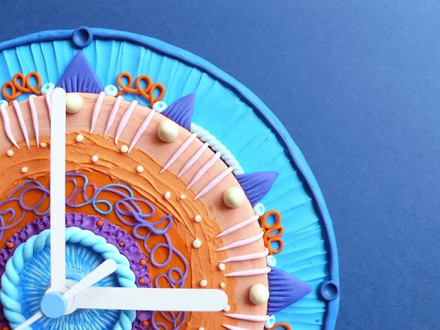 desain jam dinding paling keren unik kreatif dan juga inovatif-7