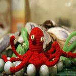 https://translate.googleusercontent.com/translate_c?depth=1&hl=es&rurl=translate.google.es&sl=en&tl=es&u=http://crochetbot3000.com/2013/02/octavius-the-octopus/&usg=ALkJrhisUgbAPfEdcBz7FgTNw5XLSc_ygA