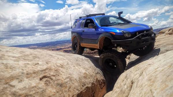 ISUZU Vehicross 1999 4x4 Lifted 37 Inch Tires and Solid ...