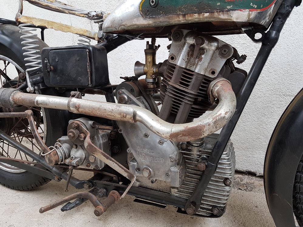 Sloper motor.