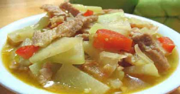 Repolyo Guisado (Sautéed Cabbage) Recipe