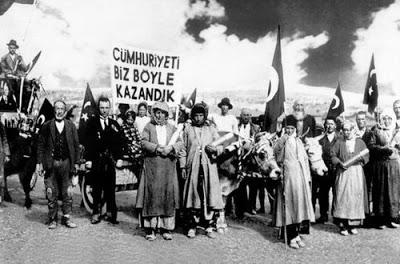 Cumhuriyet'in 92.Yasi Kutlu Olsun!