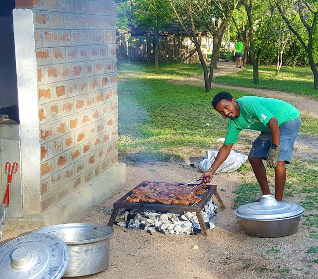 Mulli busy with the evenings braai