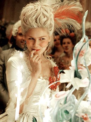 Marie Antoinette Kirsten Dunst movie still