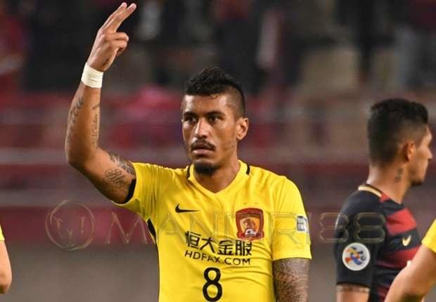 Guangzhou Evergrande Tolak Tawaran Barcelona Untuk Paulinho