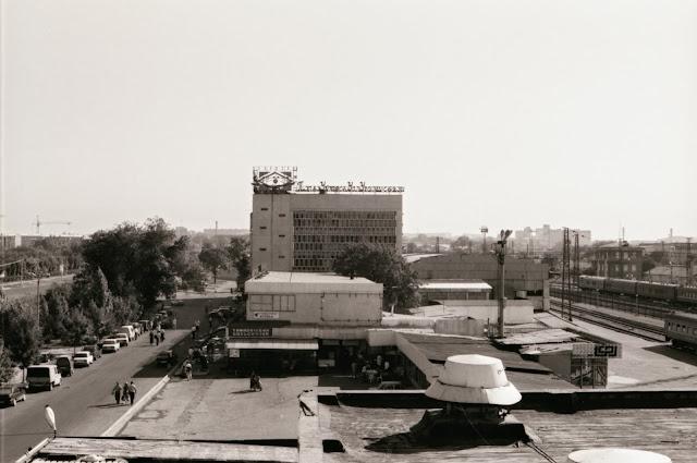 Ouzbékistan, Tachkent, gare, vaksal, © L. Gigout, 1999