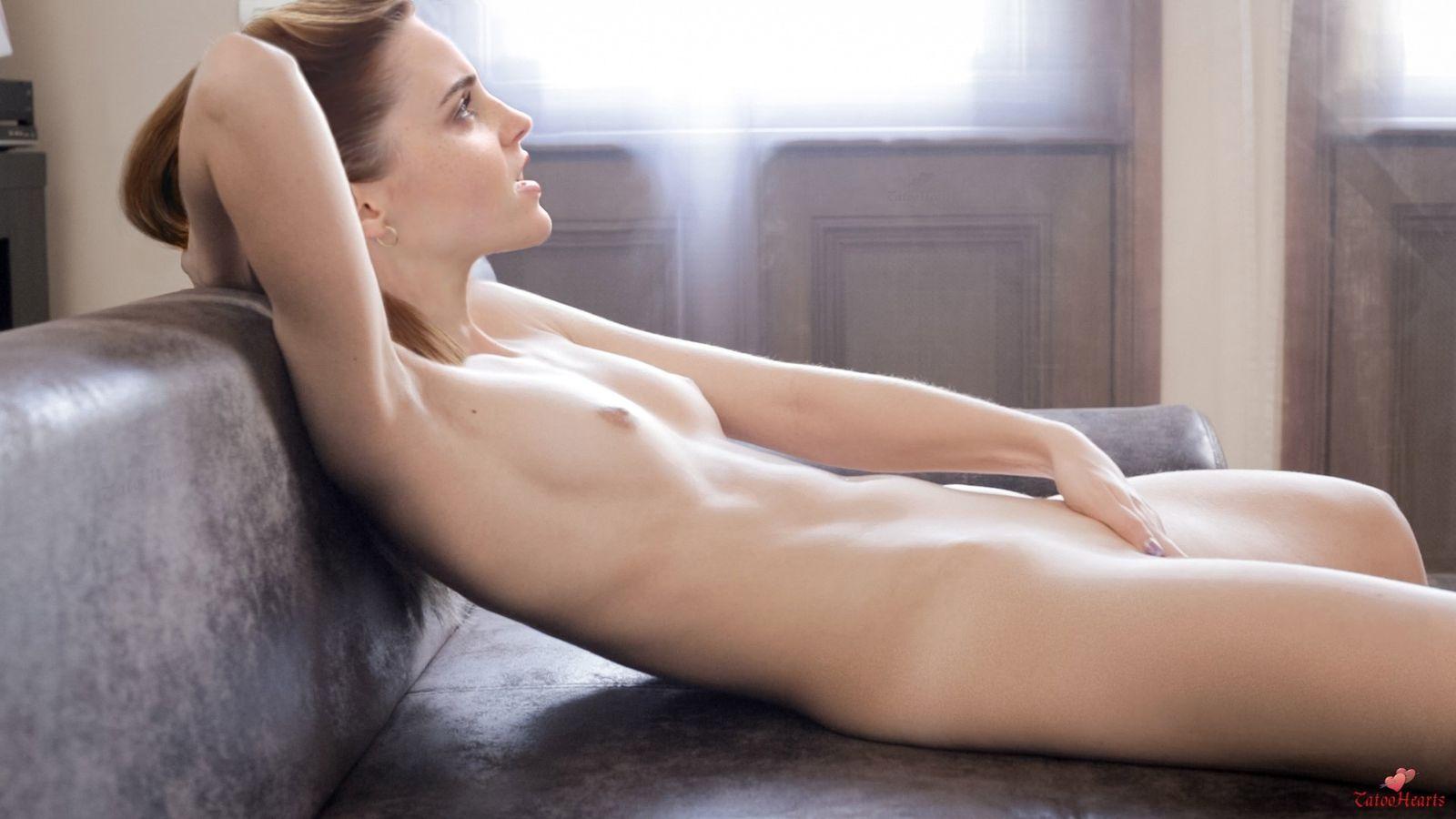 Emma Watson Naked Rubbing Pussy