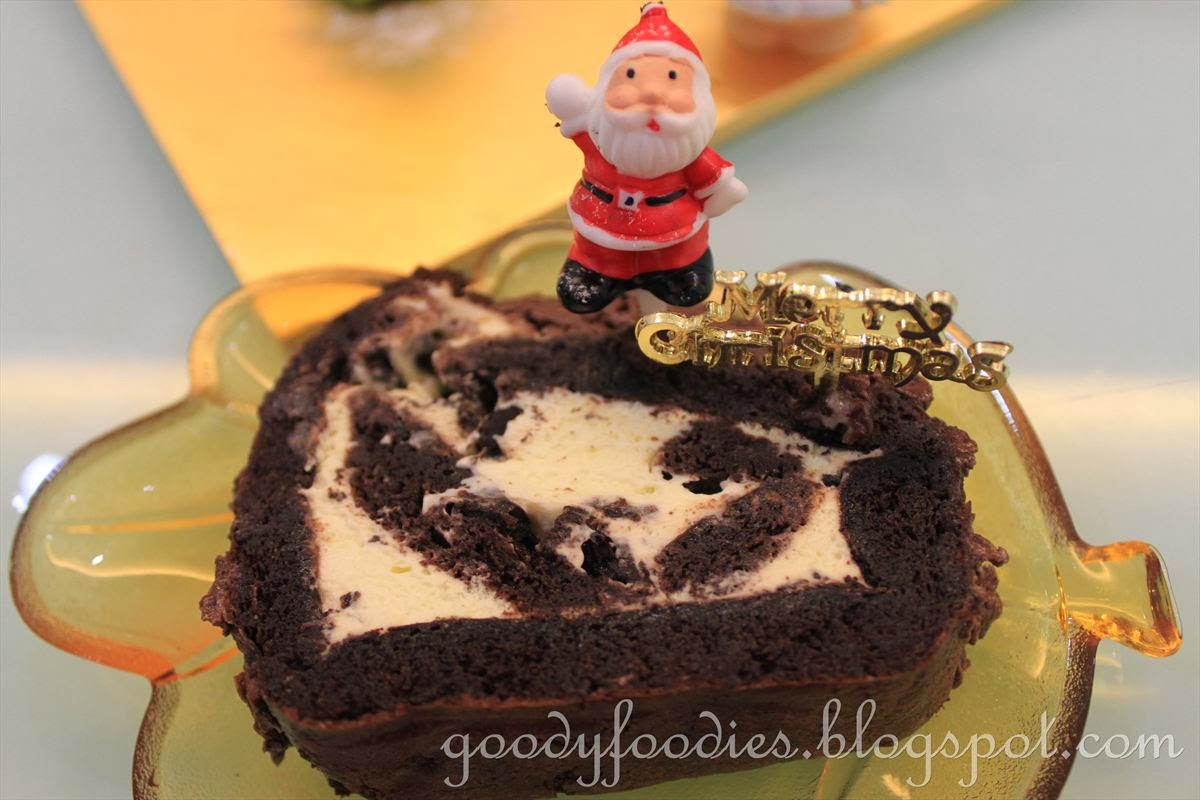 Goodyfoodies Recipe Christmas Chocolate Yule Log Bche De Nol Merdeka Frying Pan 20 Cm Adapted From James Martin The Collection Preparation Time 1 Hour Cooking Minutes Serves 8