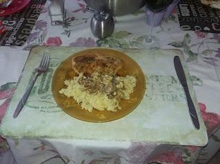Κοτόπουλο μανιτάρια στο φούρνο με ρύζι