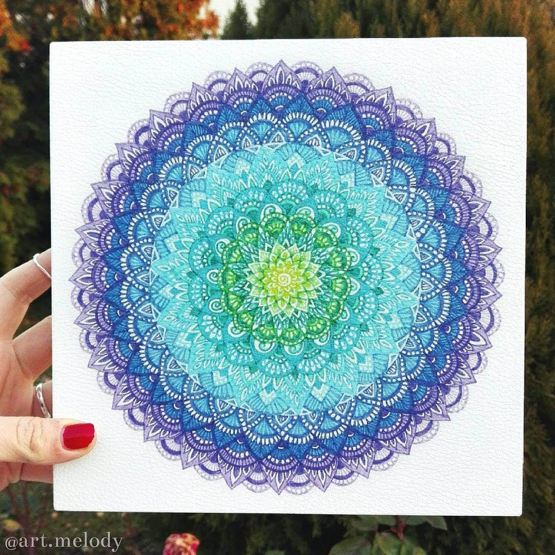 06-Burst-of-Color-Gyöngyi-Szabó-Bright-and-Colorful-Mandala-Drawings-www-designstack-co