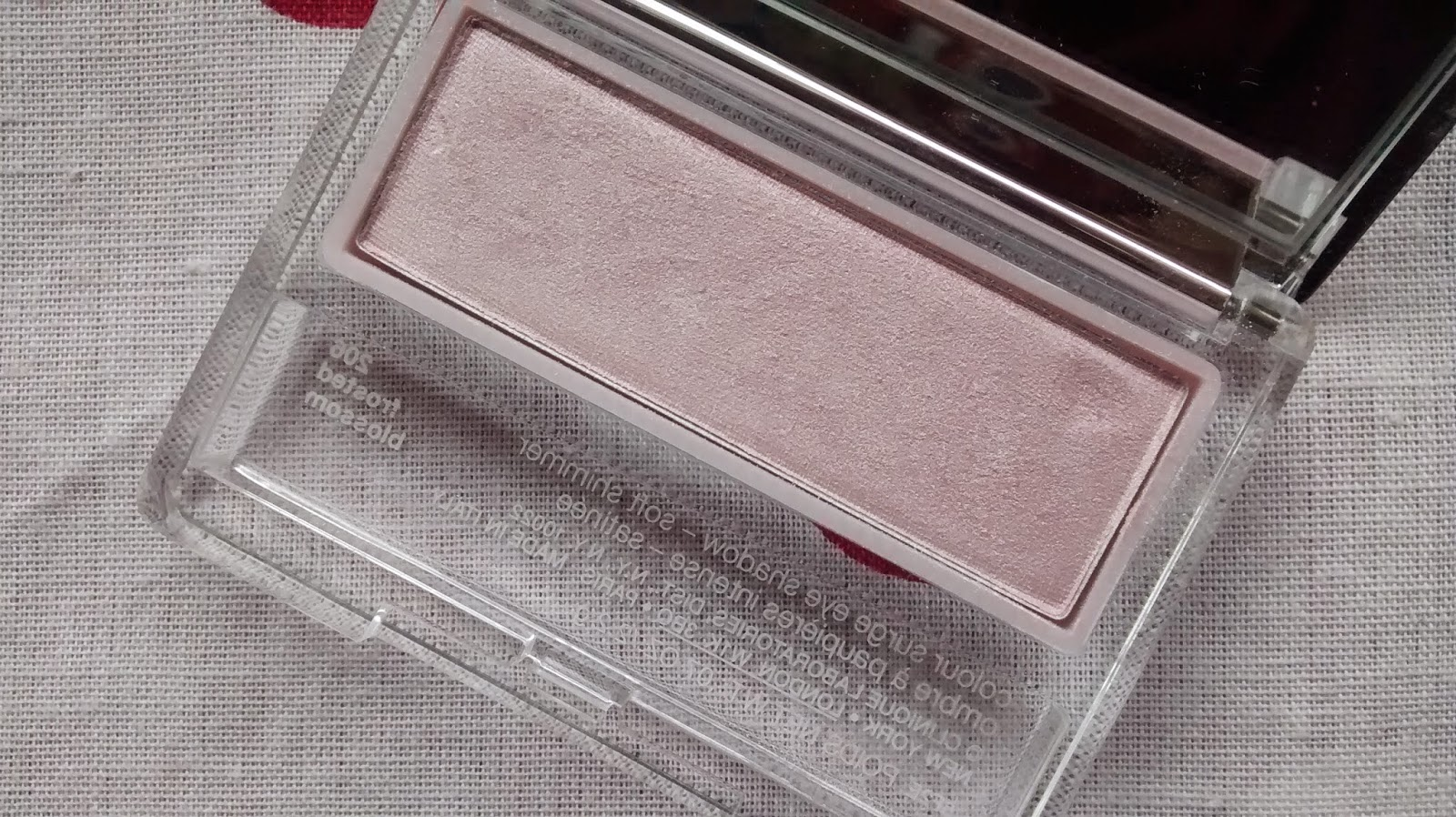 Clinique Frosted Blossom Eyeshadow