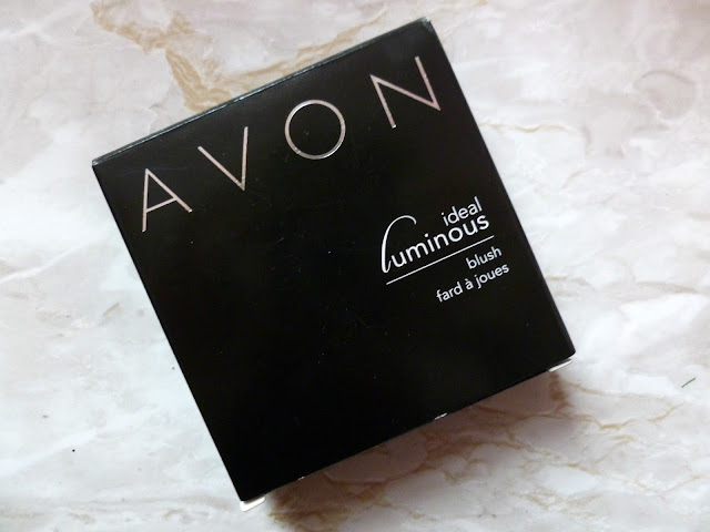 A Winter Make Up Look With Avon