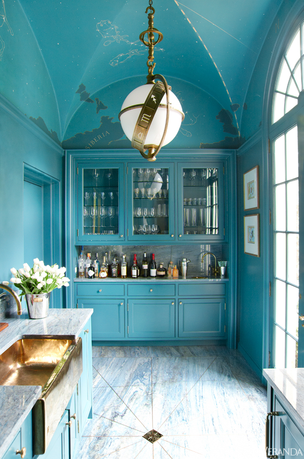 mix and chic gorgeous blue room inspirations