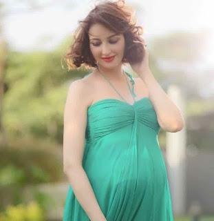 Video Looks Pretty Beautiful Gori Mem Saumya Tandon made pregnancy photoshoot