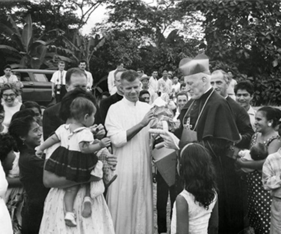 Image result for VI Congreso Eucarístico Nacional richard Cushing