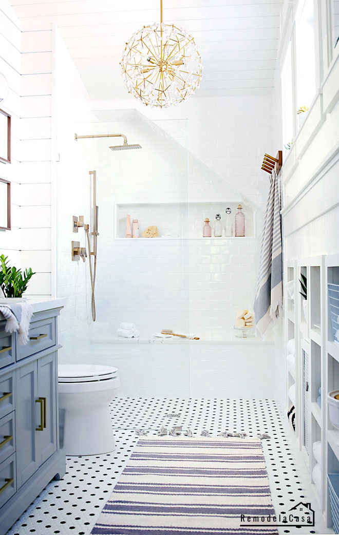 Vintage - modern bathroom makeover with walk in shower