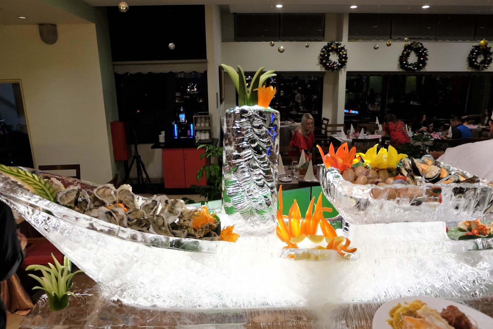 Brilliant Forever Hungry Christmas Buffet Berjaya Times Square Interior Design Ideas Ghosoteloinfo