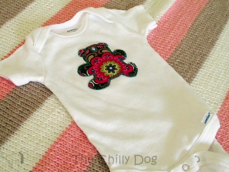 Sewing Tutorial: How to personalize a baby Onesie with a cookie cutter applique