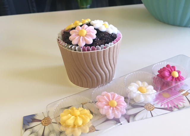 DIY Royal Icing Flowers Paper Cup Cornflake Chocolate
