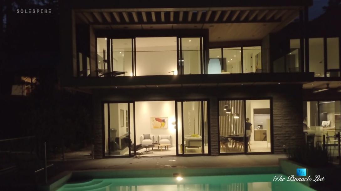 19 Photos vs. 3540 Creery Ave, West Vancouver Interior Design Luxury Home Tour