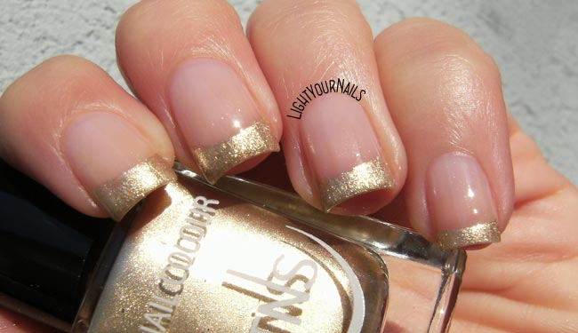 French dorata con smalto TNS Atomic  79 - Gold French nail art manicure