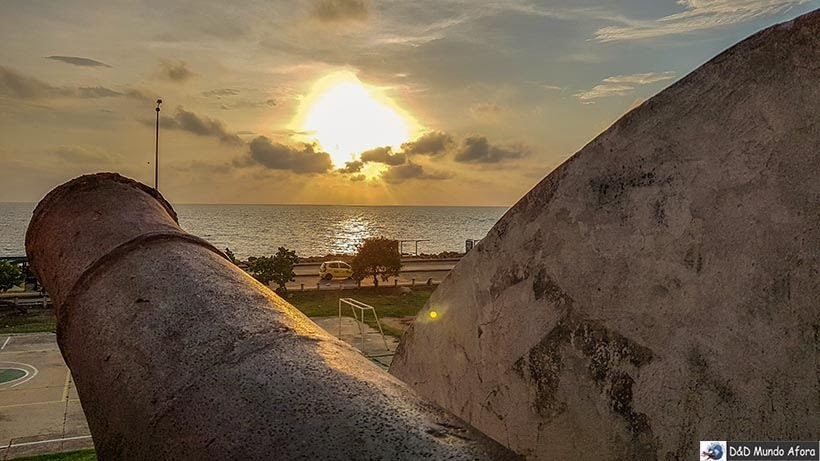 Pôr do sol visto das Muralhas de Cartagena