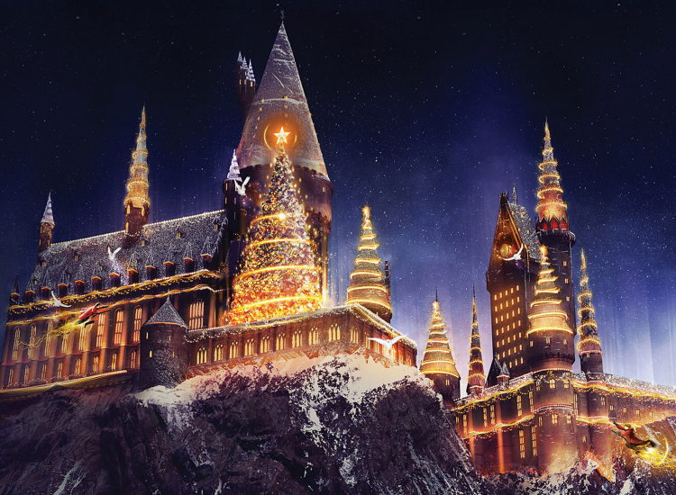 Universal Orlando Celebrates Christmas at Wizarding World of Harry Potter