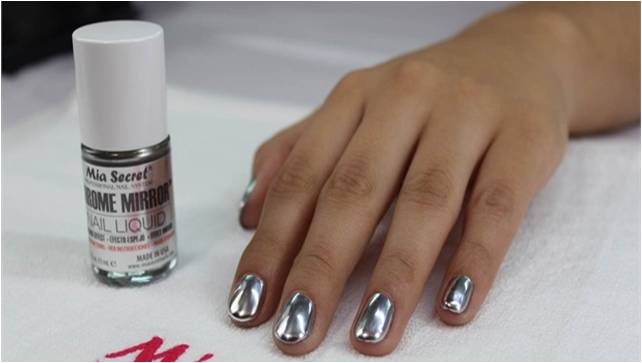 These Nails Are Thicker Than Original But Sure Shot Gives You An Experience Of Real Mirror The Shimmer Look